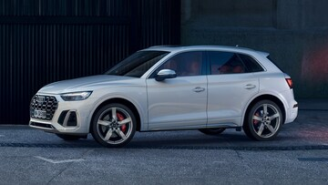 Side view of the Audi SQ5